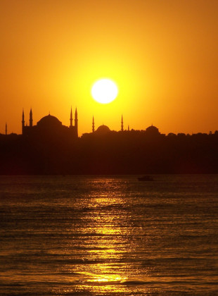 sunset-in-istanbul-1226115